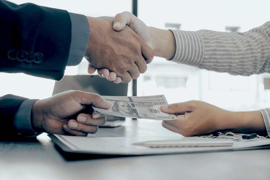 broker payment agreement handshake